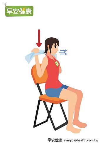 1條毛巾活動肩胛骨活化棕色脂肪細胞促進燃脂