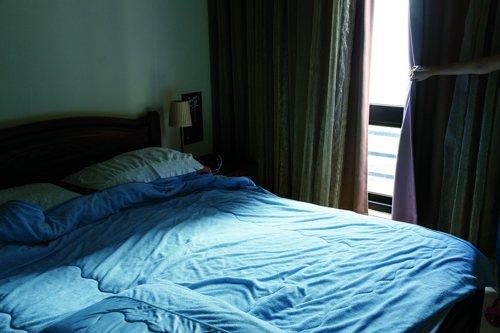 光線會讓塵螨躲在寢具深處