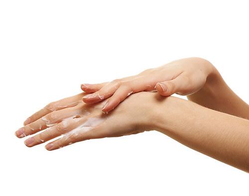 奇癢無比的汗皰疹!醫師告訴你這樣改善皮膚濕疹