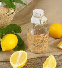 檸檬汁和醋製造出的酸性配方,可以輕易溶解頑強的硬水水垢。