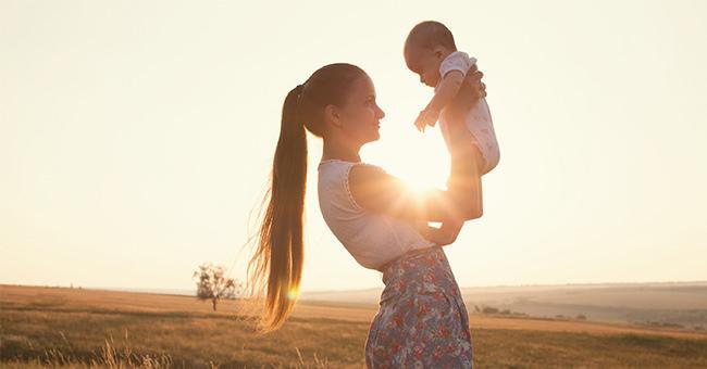 喝母乳減少寶寶腹瀉!這樣餵還能降17%耳朵感染