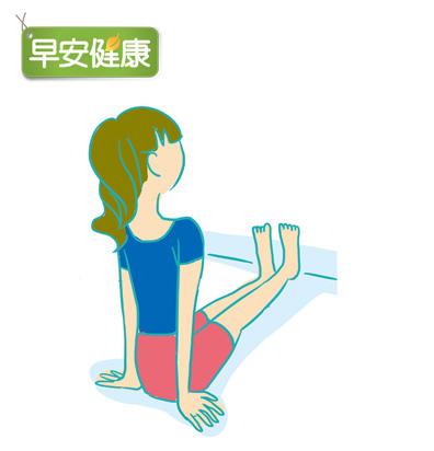 膝窩拍地,打造長直腿1