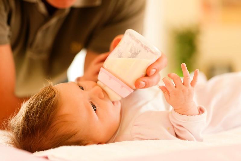 別讓寶寶喝母乳還過敏?過敏權威醫師教你2招解法