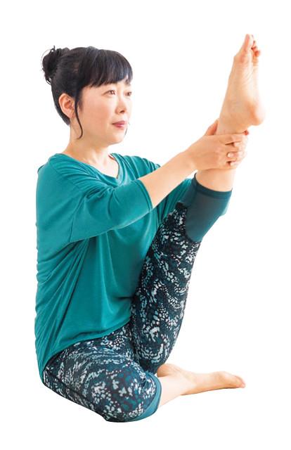 蒼鷺式 → 消除腿部水腫打造美腿