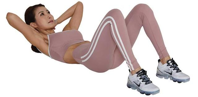 腹部核心運動1:卷腹(上腹部)