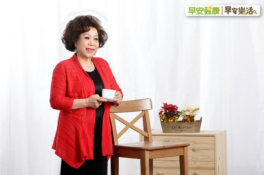 40歲喪偶,婉拒企業家的追求!黃越綏:老後不想看子女爭奪財產