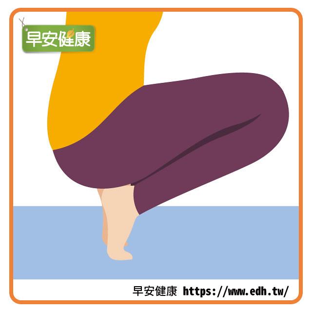 蹲姿伸展足底筋膜